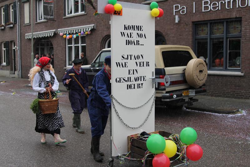 Optocht_Sjaopskop_2012-081