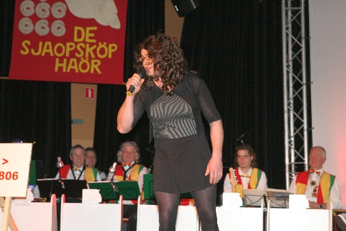 Bontje_aovendj_Sjaopskop_2011-137