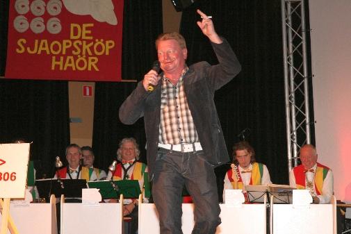 Bontje_aovendj_Sjaopskop_2011-138